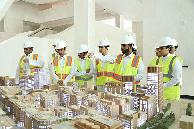 Qatar Career Development Center 2 [qatarisbooming.com].jpg