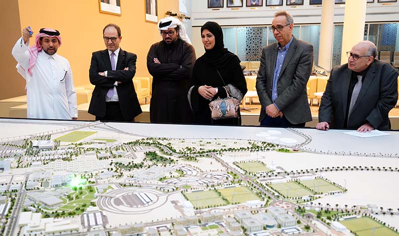 QU signs MoU with Doha Institute 2 [qatarisbooming.com].jpg